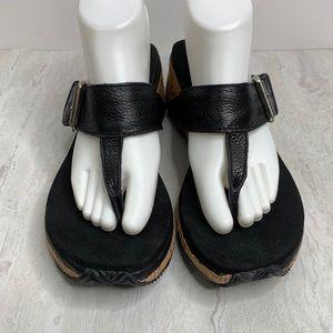 Volcom Westport Black Thong Wedge Sandals  Sz 9